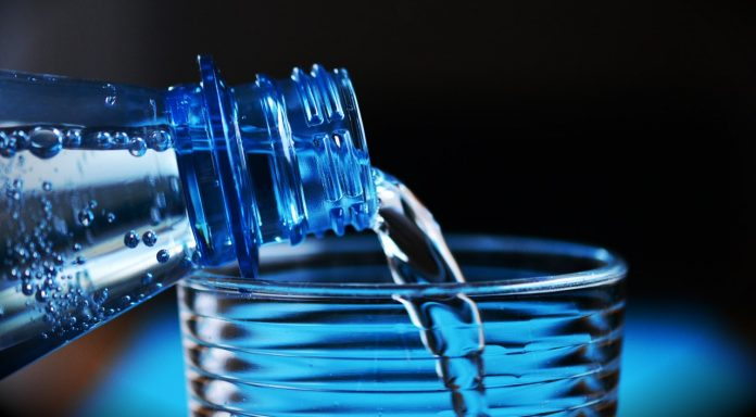 5 Signs You Are Not Drinking Enough Water